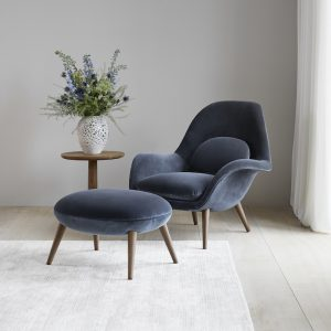 Fredericia's Swoon Lounge Chair is the perfect pairing of comfort and sophistication. Designed by Space Copenhagen in 2016